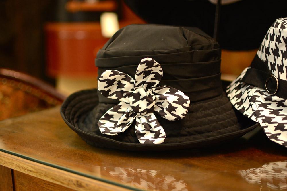 Cappelli e berretti a Bologna 2427791eb2dd